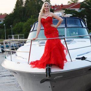 Punainen merenneito-mallinen tanssi-/juhlamekko